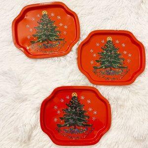 Christmas Tree small vintage tin trays